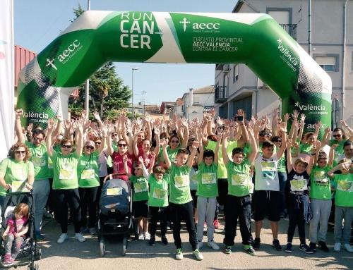 Más de 700 participantes en la marcha contra el cáncer de La Pobla del Duc